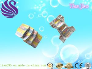 Disposable and Good Quality Soft Breathable Baby Diaper (L size) pictures & photos