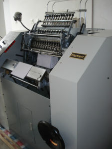 China Book Sewing Machine for Slovika Customer Since 2010 pictures & photos