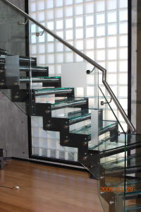 China Manufacture Exterior Stair Glass Railing, Glass Handrail, Stair Glass Railing Prices pictures & photos