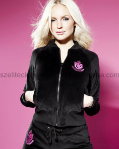 Black Cheap Embroidery Velvet Suit (ELTTSJ-80) pictures & photos