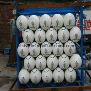 34L CNG Gas Cylinders for Automatic Vehicles (ISO11439) pictures & photos