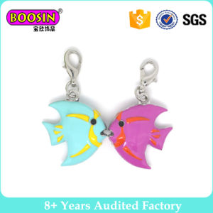 3D Enamel Kiss Fish Pendant Charms for Promotional Gift pictures & photos