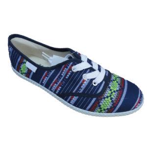 Cheap Rubber Outsole Vulcanized Canvas Shoe for Women Men pictures & photos