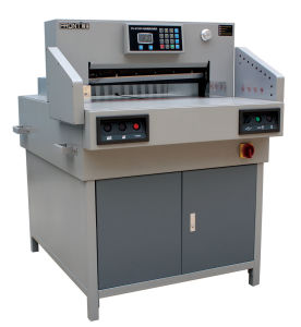 Electrical Program-Controlled Paper Guillotine (E650R) pictures & photos