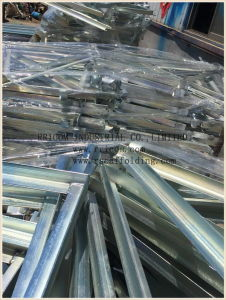 Galvanized Side Brackets for Frames Scaffolding pictures & photos