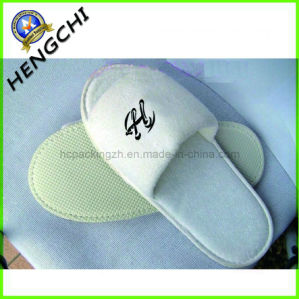 Offset Print or Embroidery Towel Slipper for High-Grade Hotel (HC0215) pictures & photos