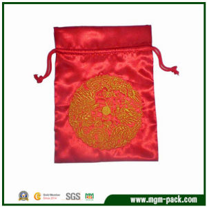 Classical Red Rectangle Satin Drawstring Jewelry Bag with Chinese Feature pictures & photos