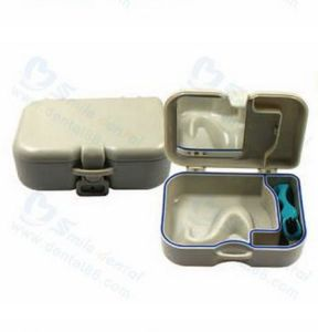 Portable Denture Box with Brush pictures & photos
