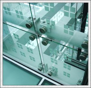 3-19mm Clear/Tinted Toughened Glass for Stairs/Door/Window/Curtain Wall pictures & photos