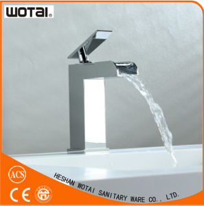 Chrome Plate Finished Single Lever Basin Faucet pictures & photos
