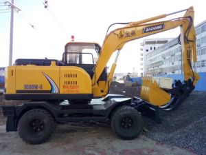 8 Wheel Yellow New Small Wheel Excavator with 0.3m3 Bucket pictures & photos