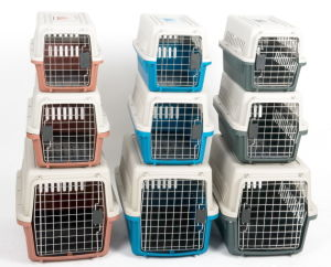 China Pet Product, Durable Pet Carrier, Traveling Pet Cage pictures & photos