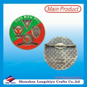 Creative Insect Badge with 3D Effect for Embossed Metal Badge pictures & photos