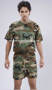 Military Men′s Underwear Set in Woodland Camouflage pictures & photos