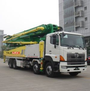 47m Truck-Mounted Concrete Boom Pump pictures & photos