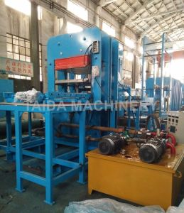 Omron PLC Rubber Pulley Lagging Strip Plate Vulcanizing Press Machine pictures & photos