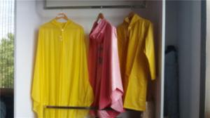 Adult Waterproof Lightweight Clear PVC/EVA Raincoat pictures & photos