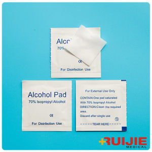Alcohol Swab Pad (70% Isopropyl Alcohol) pictures & photos