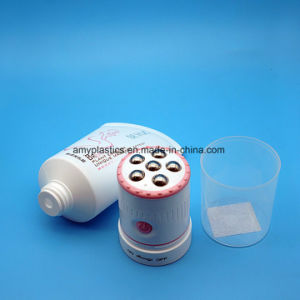 Plastic Cosmetic Vibrating Massage Roller Ball Tube pictures & photos