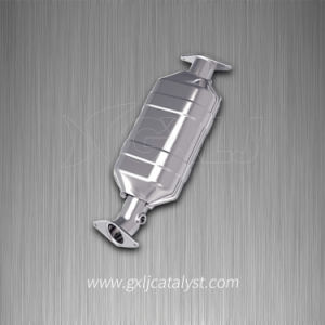 Three-Way Catalytic Converter for 2.0L Car pictures & photos