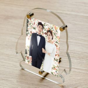 QQ Shape Clear Acrylic Wedding Photo Picture Frames pictures & photos