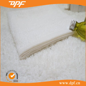 100% Cotton Cutting Velvet Cotton Hotel Towel (MIC052611) pictures & photos