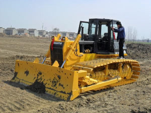 Shantui SD16 Bulldozer with Best Price pictures & photos