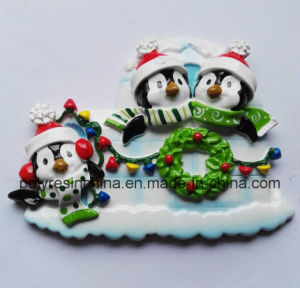 Polyresin Family Pengium for Christmas Ornament pictures & photos