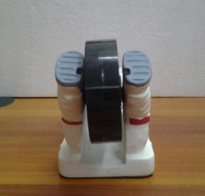 Unique Resin Astronaut Decorative Tape Dispenser for Sale pictures & photos