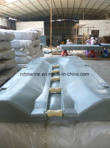 Good Quality Motorboat Docked Panels Floating Dock From China pictures & photos