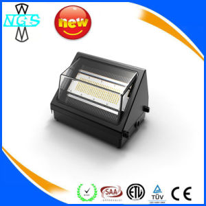 China Reliable Quality Outdoor LED Garden Wall Lights pictures & photos