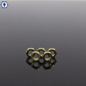DIN934 Class8 Hex Nut Yellow Zinc Plated pictures & photos