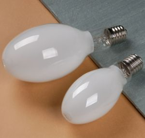 Ce RoHS Approved Self Ballasted Mercury Vapour Lamp for Outoor Flooding Lighting pictures & photos