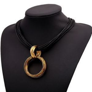 Alloy Multi Circle Fashion Pendant Choker Necklace Jewelry pictures & photos