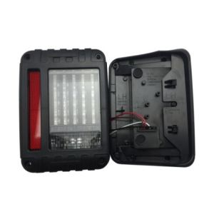 Jk LED Running Water Taillight for Jeep Wrangler Jk pictures & photos