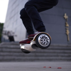 """7.5"""" Global First Jumpable Self Balancing Electric Scooter with Samsung Battery pictures & photos"""