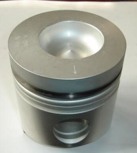 6D14 6D16 6D105 for Mitsubishi Komatsu Machinery Diesel Engine Piston pictures & photos