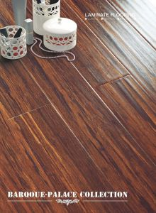 Kn2361 Handscraped Laminate Flooring pictures & photos