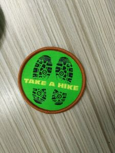 Footprints Design Round Shape Small Garment Woven Patch pictures & photos