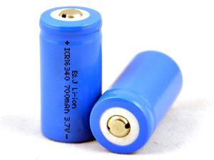 Rechargeable Li-ion Battery Icr16340 3.7V 700 mAh pictures & photos