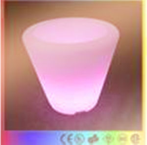 Plastic Rechargeable Light up LED Ice Bucket with Battery pictures & photos