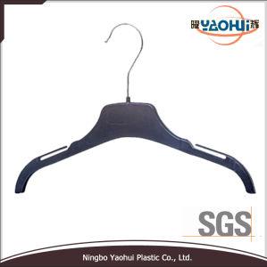 Fashion Women Plastic Hanger with Metal Hook for Home (33.5cm) pictures & photos