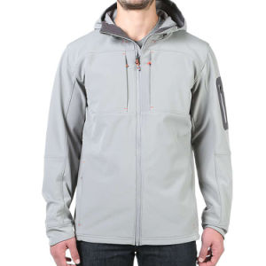 OEM Wholesales Men′s Hooded Softshell Jacket pictures & photos