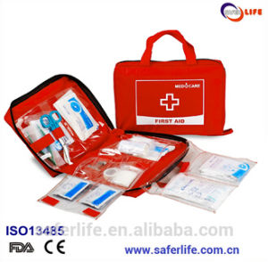Red Portable First Aid Kit Bag with Belt and Pendants pictures & photos