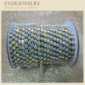 Roll Rhinestone Crystal Glass Stone Cup Chain pictures & photos