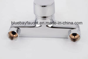 Modern Cheap Sanitary Ware Single Handle Wall Mounted Bathtub Mixer pictures & photos