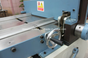 Small Cardboard/Paperboard/Greyboard Cutting Machine (YX-42) pictures & photos