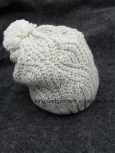 100% Acrylic Mixed Ab Yarned Cable Knitted Hat with Pompom pictures & photos