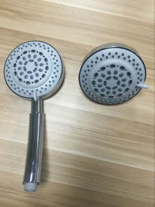 Into Wall Mounted Chrome Plated Shower Head with Multifunction pictures & photos