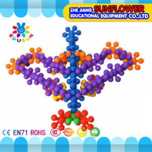 Children Plastic Desktop Toy Plum Blossom Building Blocks pictures & photos